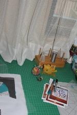 窓と作業台