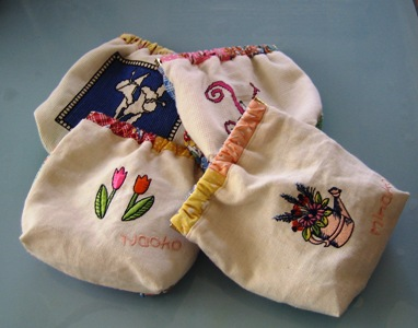 刺繍ポーチ4姉妹